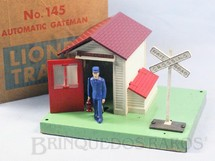 1. Brinquedos antigos - Lionel - Casa do guarda 145 Automatic Gateman Ano 1950 a 1966