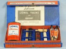 1. Brinquedos antigos - Lionel - Conjunto de Manutenção 927 Lubricating and Maintenance Kit Ano 1950 a 1953