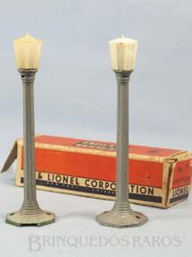 1. Brinquedos antigos - Lionel - Poste de luz 71 Lamp Post Ano 1949 a 1959 Preço por unidade