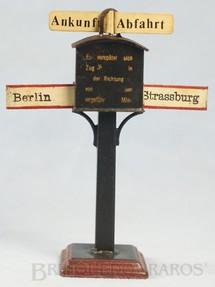 1. Brinquedos antigos - Marklin - Sinalizador de origem e destino 13,00 cm de altura Berlin Strassburg  Década de 1910