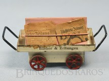 1. Brinquedos antigos - Marklin - Carrinho de Jornaleiro de Estação 11 cm de comprimento Com quatro miniaturas de Jornais da época Década de 1920