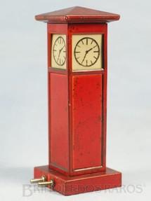 1. Brinquedos antigos - Marklin - Torre iluminada com relógio 15,00 cm de altura Década de 1930