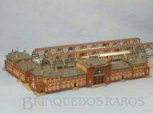 1. Brinquedos antigos - Faller - Conjunto de Estação e Plataforma de embarque Bitola N com 50,00 cm de comprimento Década de 1980