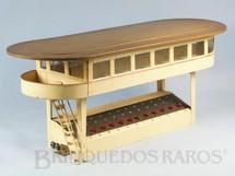 1. Brinquedos antigos - Marklin - Cabine de Comando com 38,00 cm de comprimento e 16,00 cm de altura Bitola 0 Saída para 12 Desvios Falta a base Década de 1930