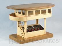 1. Brinquedos antigos - Marklin - Cabine de Comando com 29,00 cm de comprimento e 17,00 cm de altura Bitola 0 Saída para 6 Desvios Década de 1930