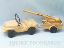 1. Brinquedos antigos - Estrela - Jipe do Falcon Jeep Willys bege com Carreta e Canhão Completo com balas Série 1979 Acompanha Réplica dos Adesivos