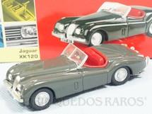 1. Brinquedos antigos - Lledo - Jaguar XK120 Série Vanguards Ano 2003