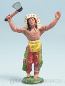 1. Brinquedos antigos - Casablanca e Gulliver - Chefe índio de pé com machado Gulliver numerado 17 com Bracelete