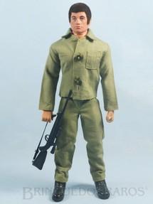 Brinquedos Antigos - Estrela - Boneco Falcon moreno sem barba Completo com 4 itens Combate Primeira Série rifle com alça de elástico 1977
