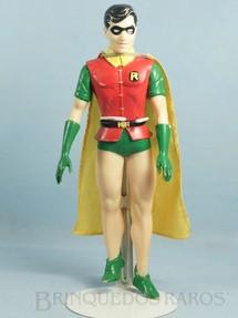 1. Brinquedos antigos - Sem identificação - Boneco do Robin com 30,00 cm de altura Capa de tecido Datado 1988