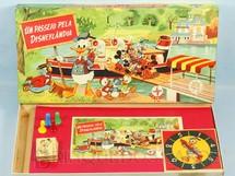 1. Brinquedos antigos - Estrela - Jogo Um Passeio pela Disneylândia Walt Disney Década de 1960