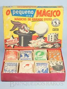 1. Brinquedos antigos - Guaporé - Conjunto O Pequeno Mágico completo com 8 Mágicas diferentes Década de 1960