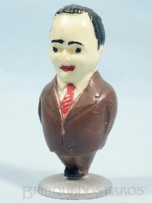 1. Brinquedos antigos - Sem identificação - Getulio Vargas com 7,00 cm Década de 1950