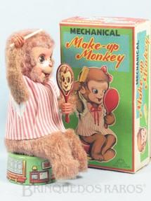 1. Brinquedos antigos - Fuji Press Kogyosho - Macaca penteando os cabelos Make-Up-Monkey 16,00 Cm de altura Década de 1960