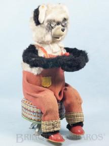 1. Brinquedos antigos - Alps - Urso Panda sentado tocando Apito com 28,00 cm de altura Década de 1960