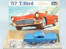 1. Brinquedos antigos - Revell - Carro Thunderbird 1957 57 T-Bird Década de 1970