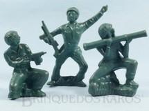 1. Brinquedos antigos - Mueller e Cia - Conjunto de tres Soldados Americanos com 12,00 cm de altura Década de 1970