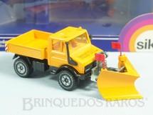 1. Brinquedos antigos - Siku - Mercedes Benz Unimog U1500 Snow Plough com 19,00 cm de comprimento Década de 1980
