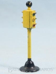 1. Brinquedos antigos - Estrela - Sinal de transito com 6,50 cm de altura Ano 1953