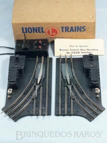 1. Brinquedos antigos - Lionel - Par de Desvios Bitola O27 com Chave de Comando e manual de instruções Ano 1952 a 1969