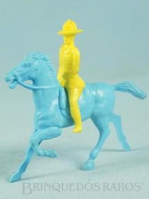 1. Brinquedos antigos - Estrela - Cavaleiro com Cavalo 8,00 cm de altura Ano 1959