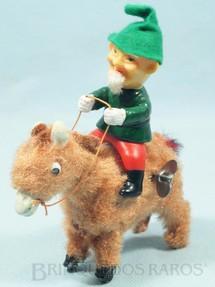 1. Brinquedos antigos - Fuji Press Kogyosho - Duende de plástico montado no Burrinho 17,00 cm de altura Década de 1960