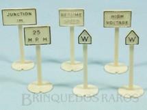 1. Brinquedos antigos - Bachmann - Placas de sinalização diversas 7,00 cm de altura Série Plasticville Década de 1960 Preço por unidade