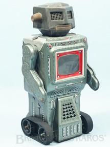 1. Brinquedos antigos - S.H. - Robot com esteiras e TV no peito 22,00 cm de altura Década de 1970