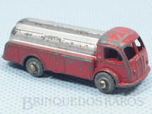 Brinquedos Antigos - C I J - Caminhão Tanque com 5,00 cm de comprimento Rodas de metal Década de 1950
