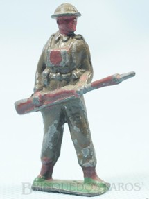 1. Brinquedos antigos - Sem identificação - Soldado Ingles montando guarda com Fuzil Década de 1970