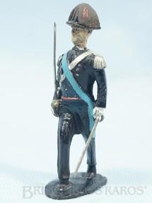 1. Brinquedos antigos - Brevett - Carabinieri marchando Década de 1960