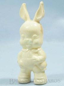 1. Brinquedos antigos - Sem identificação - Coelho chocalho com 10,00 cm de altura Brinde de Ovo de Páscoa Década de 1960