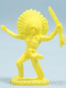 1. Brinquedos antigos - Casablanca e Gulliver - Chefe índio avançando com rifle Plástico amarelo Década de 1980