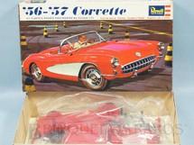 1. Brinquedos antigos - Revell - Carro Corvette 1956/1957 Década de 1970