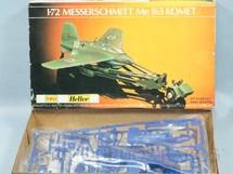 1. Brinquedos antigos - Heller - Avião Messerschimitt Me 163 Komet Década de 1970