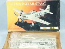 1. Brinquedos antigos - Heller - Avião P-51D Mustang Década de 1980
