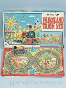1. Brinquedos antigos - Yonezawa - Pista em oito com Parque de Diversões e Locomotiva 25,00 x 15,00 cm Fairyland Train Set Década de 1970