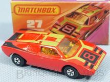 1. Brinquedos antigos - Matchbox - Lamborghini Countach Superfast vermelha Número 8