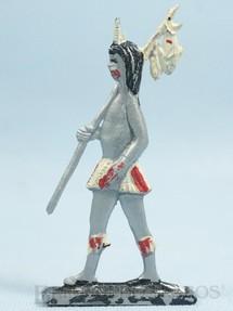 Brinquedos Antigos - Brinqboy - Figura de Índio Brasileiro com Peixes 11,00 cm de altura Década de 1960