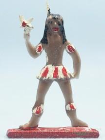 1. Brinquedos antigos - Brinqboy - Figura de Criança Índia Brasileira com Pássaro 8,00 cm de altura Década de 1960