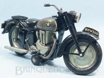 1. Brinquedos antigos - Sem identificação - Motocicleta BMW 500 com 30,00 cm de comprimento Década de 1950