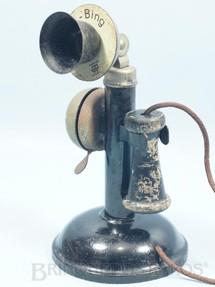 1. Brinquedos antigos - Bing - Telefone com campainha 20,00 cm de altura Década de 1920