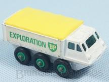 1. Brinquedos antigos - Matchbox - Alvis Stalwart black plastic tires with green Regular Wheels