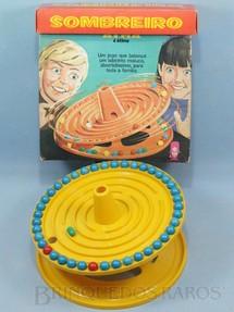 1. Brinquedos antigos - Atma - Jogo Sombreiro completo com 41 bolas e uma Cápsula Década de 1970