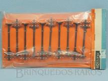 1. Brinquedos antigos - Frateschi - Conjunto com 10 postes de linha Escala HO Década de 1960