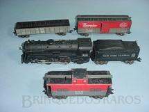 1. Brinquedos antigos - Marx - Conjunto de Locomotiva e 3 Vagões de Carga Década de 1950