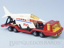 1. Brinquedos antigos - Matchbox - Aircraft Transporter Super Kings vermelho completo com avião Década de 1970