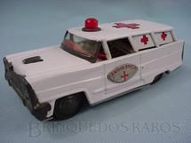 1. Brinquedos antigos - Bonzo - Ambulância com 18,00 cm de comprimento Década de 1970