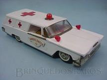 1. Brinquedos antigos - Bonzo - Ambulância com 30,00 cm de comprimento Década de 1970