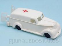 1. Brinquedos antigos - Mirim - Ambulância com porta de abrir 16,00 cm de comprimento Década de 1960